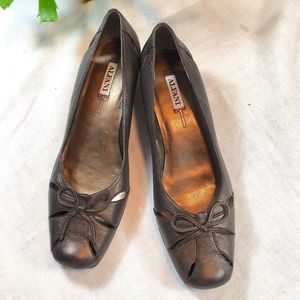 Alfani Low Wedge Bronze Shoe size 7M